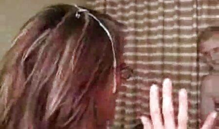 Euro milf Annabelle More rellena x porno español su coño con un consolador