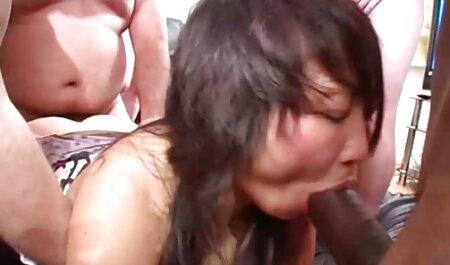 Maduro pornografía hablada en español jugando