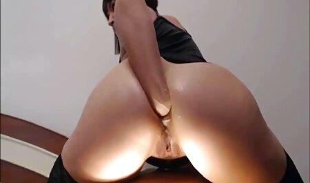 EDPOWERS - Erica Winstanley de la vendimia se extiende en un porno x español trío facial