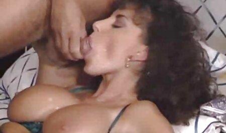 Adolescente flaco disfrutando videos x hablados en español de creampie anal caliente