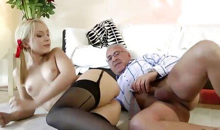 La orgía de strippers de la habitación del hotel con la Sra. videos x amateur español Paris Rose