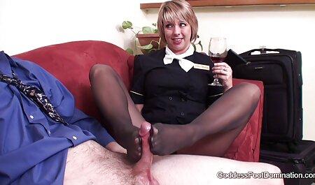 ¡Las porno x español pumas atadas Deauxma y Ashley Renee se follan a la bola amordazadas!