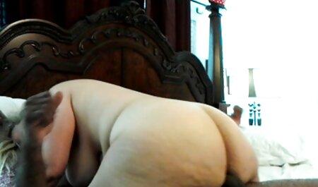 Chica muy videos x jovenes españolas delgada recibe una polla dura dentro de ella